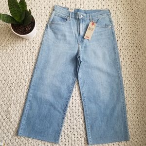 NWT Levi's Mile High Wide Leg Cropped Jeans Sz 31